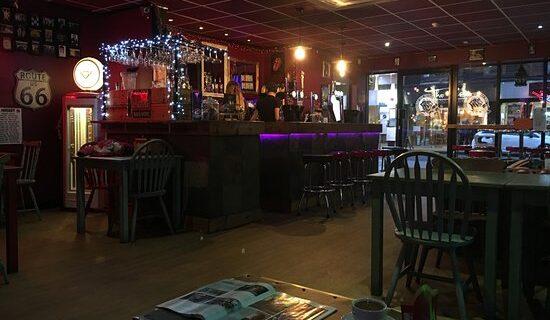 Sticky Fingers Café and Rock Bar